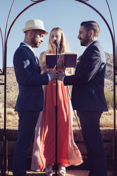 JOSHUA TREE WEDDING: JEREMY & JOHN